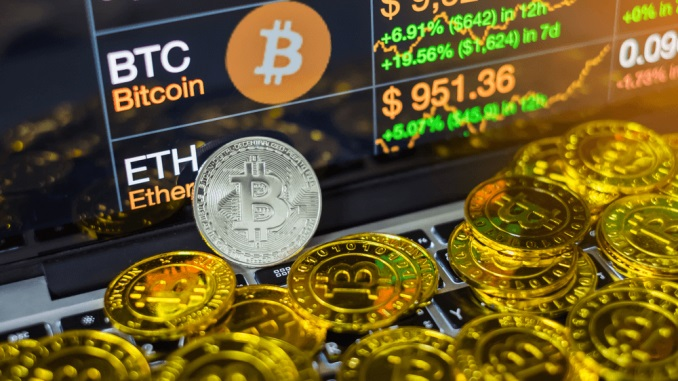 Bitcoin [BTC] Gains from $7000 Pours Into Alts; ETH, XRP and BCH Replicate 10% Gains